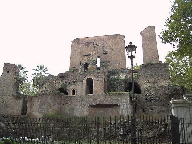 Fil: Piazza Vittorio Mario Troféer 9511-06.jpg