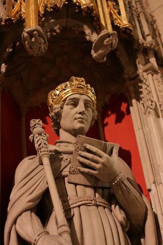 Statue in York Minster