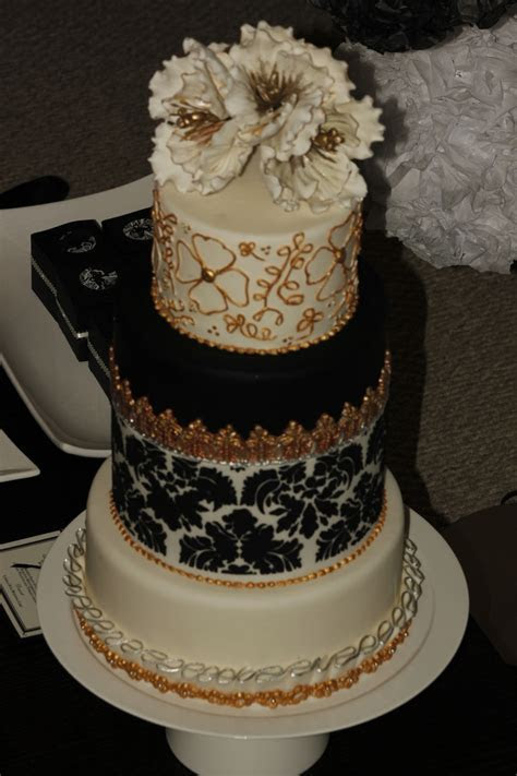 Wedding Cake Black&white Silver Gold   CakeCentral.com