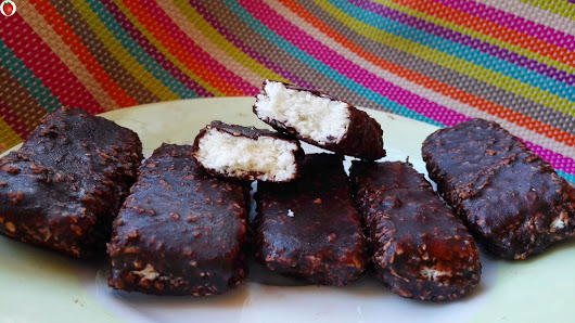 Delicious Homemade Vegan Bounty Bars - MyHealthyDessert