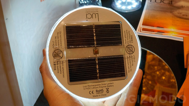 Luci Hands On: The Cheap Inflatable Solar-Powered LED Lantern