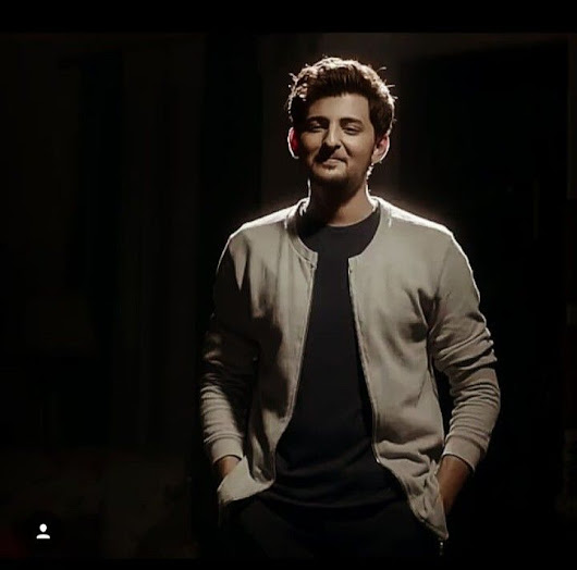 Pin by Aayushi Pradhan on Darshan Raval in 2018 | Pinterest | Handsome and Celebrity
