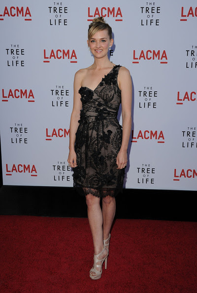 "Jess Weixler - Premiere Of Fox Searchlight Pictures' ""The Tree Of Life"" - Arrivals"