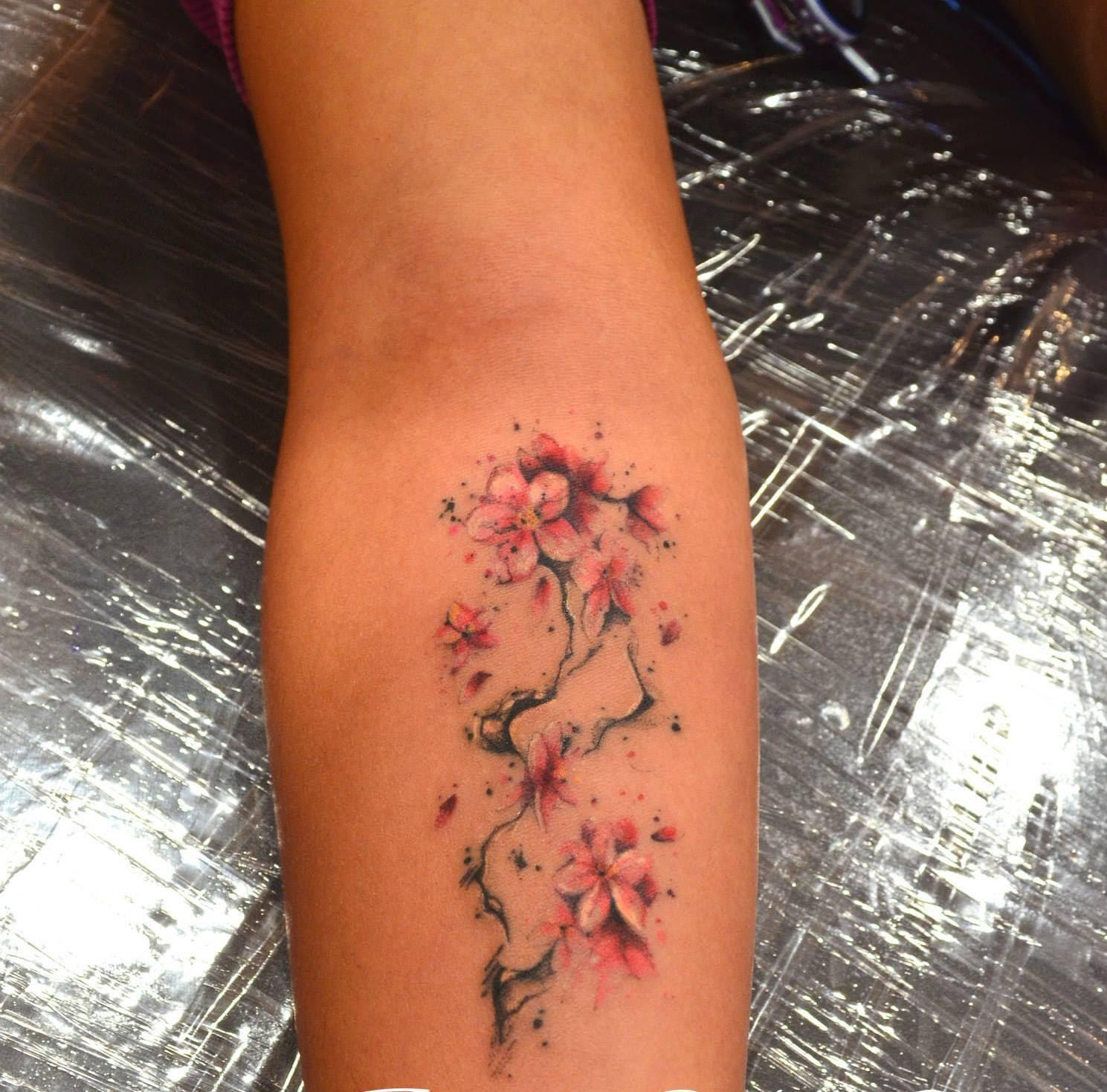Tatuajes Flor De Almendro