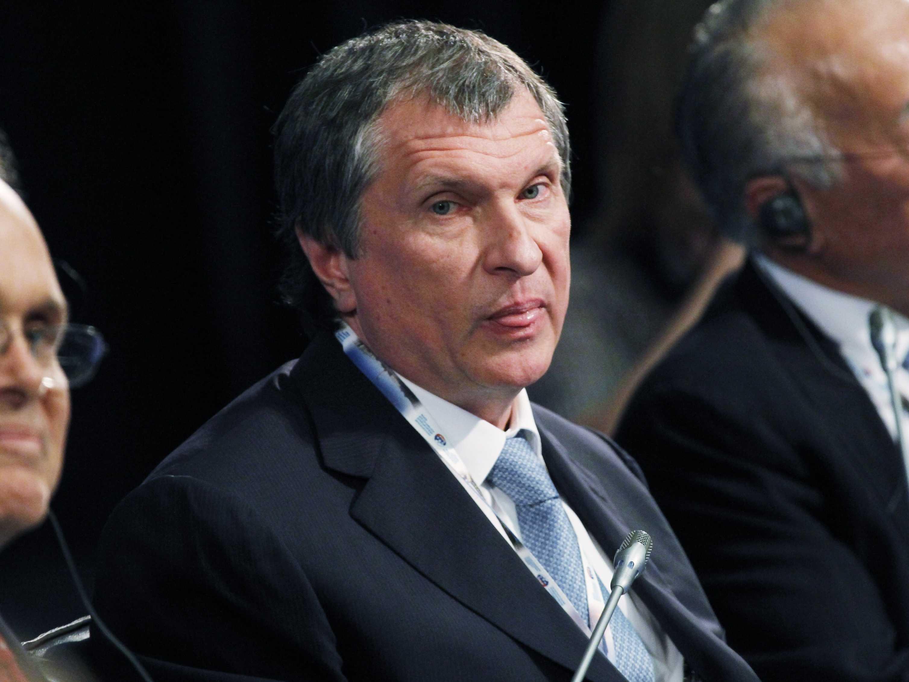 Rosneft Profit Hurt By Ruble