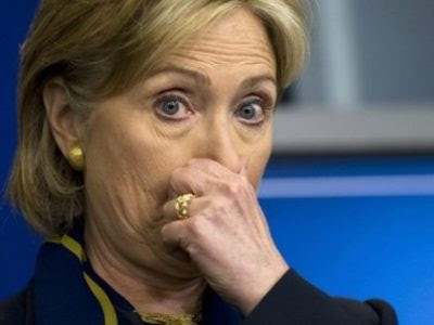 Hillary Clinton hold nose