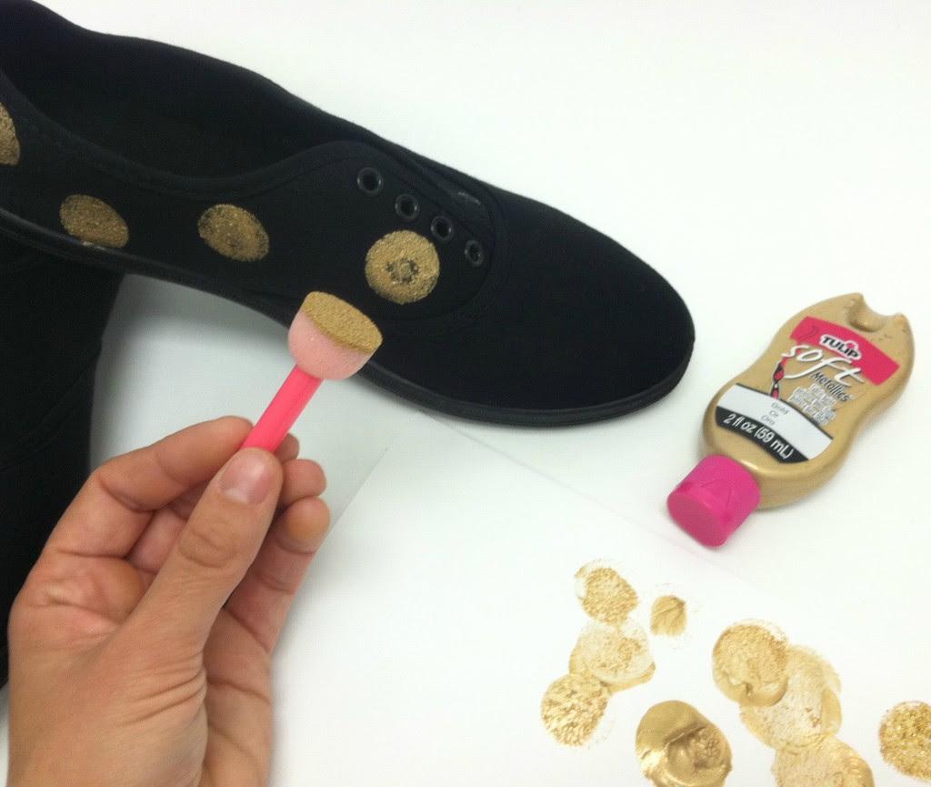 sparkledotshoes step1 generation-t.com