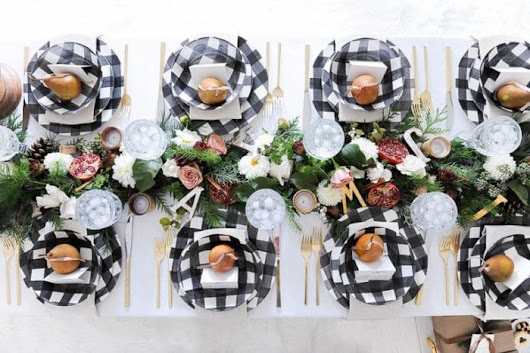 Black and White Christmas Decor Ideas - Brooklyn Berry Designs
