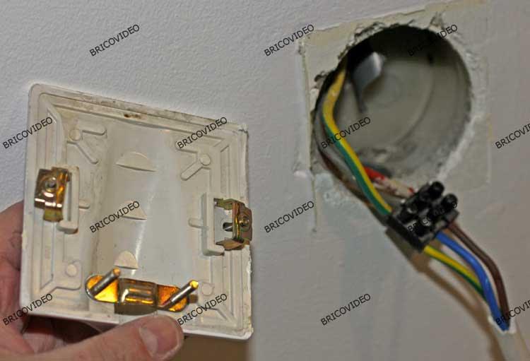 Branchement plaque de cuisson electrique - Branchement electrique hotte de cuisine ...