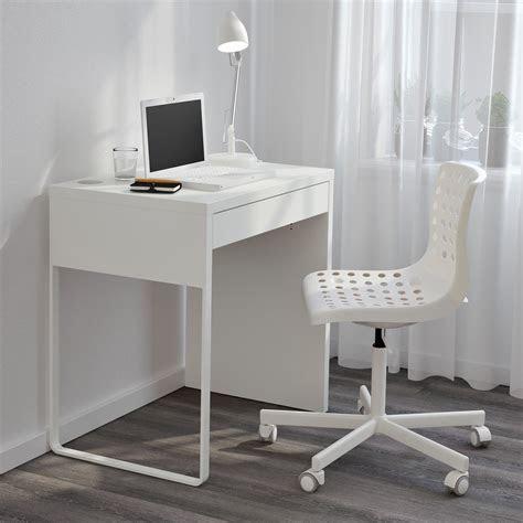 small computer desk  living room small desk