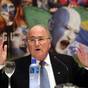 Presidente Joseph Blatter terá reeleição investigada
