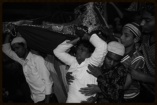 Possession at Sandal Time Mahim Dargah by firoze shakir photographerno1