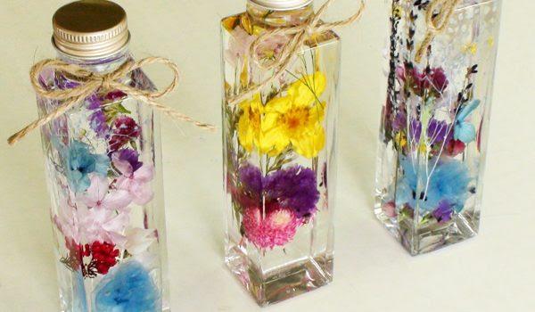 色とりどりの花でハーバリウムを作ってみました エイミーのアトリエ