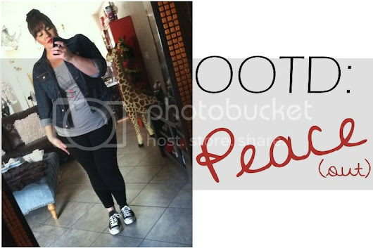 Plus Size OOTD: Peace (out)