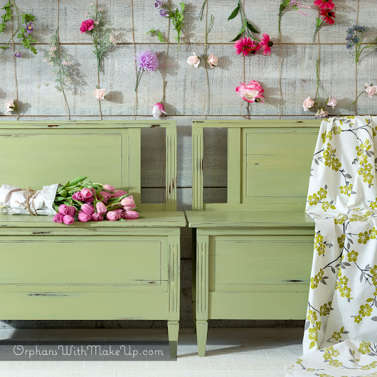 SPRING TABLE SETTING & UP-CYCLED TWIN BEDS