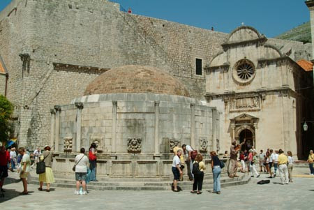 Dubrovnik, Onofrio's Fountain