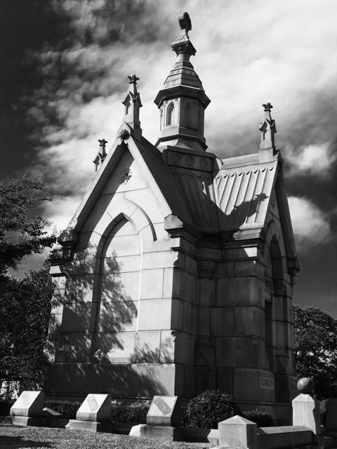 Six Feet Under and the Haunted Oakland Cemetery