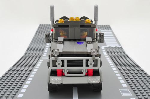 KRE-O Megatron tractor unit