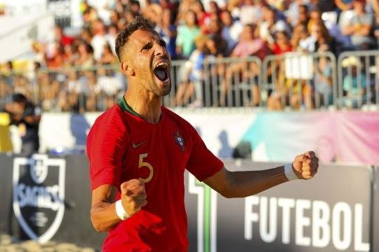Fútbol playa ) Jugador del Sporting de Braga considerado el mejor del Mundo