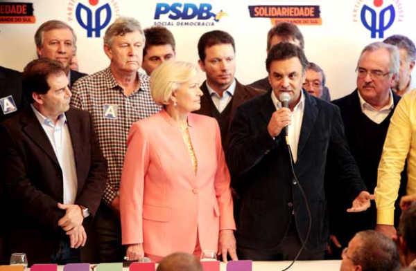 Aécio no lançamento da candidatura de Ana Amélia no Rio Grande do Sul, onde o PP se coligou ao PSDB - Foto: Orlando Brito/PSDB/Divulgação (Orlando Brito/PSDB/Divulgação)
