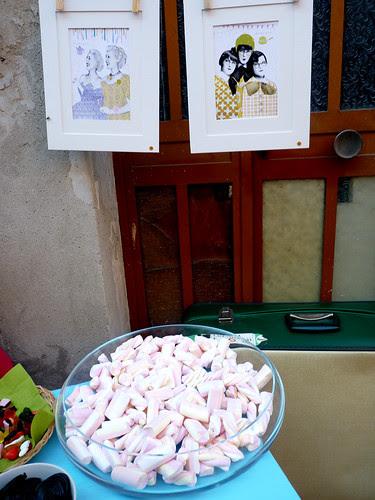 Ailoviu Exhibition! by la casa a pois