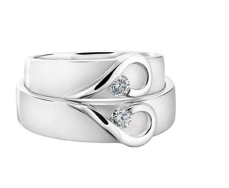 his and hers platinum heart wedding bands by diamond