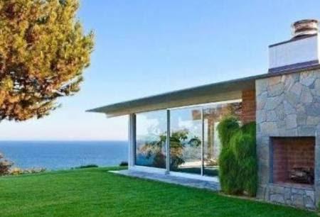 11 Gambar Rumah Minimalis Di Tepi Laut Indah Rumah Impian