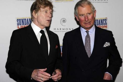El actor Robert Redford (i) y Carlos de Inglaterra en la presentación del filme. | Reuters