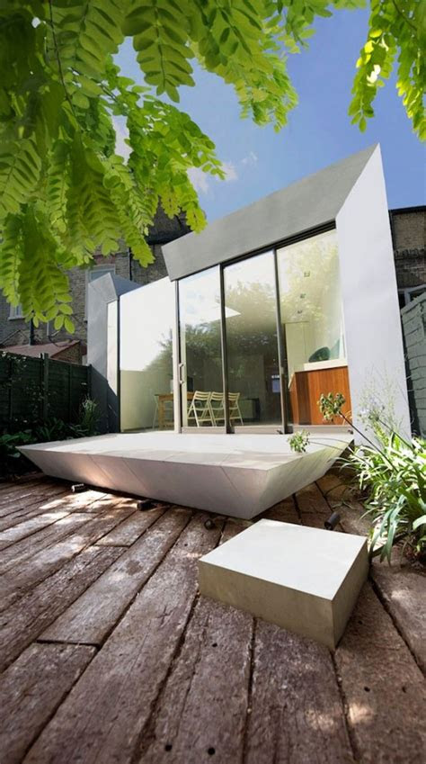 simple modern terrace house design  londonhouse yard