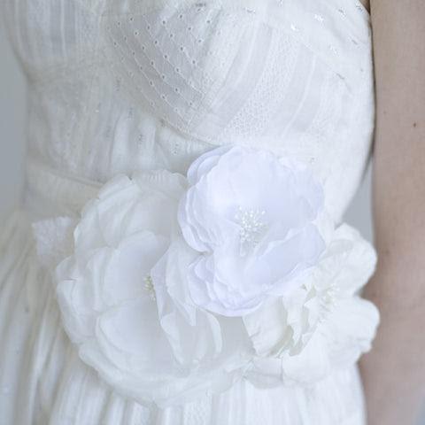 Handmade triple silk flower bridal belt - Style # 044