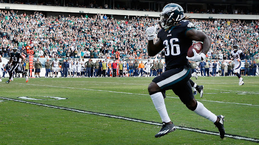 Jay Ajayi's teammates hilariously roast him for getting caught from behind on 71-yard run | NFL | Sporting News