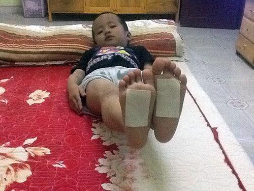 Chữa ho cho trẻ em không dùng thuốc