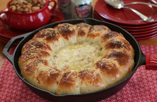 Skillet Bacon Swiss Dip with Bread