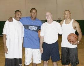 http://www.breakthroughbasketball.com/graphics/camp6.jpg