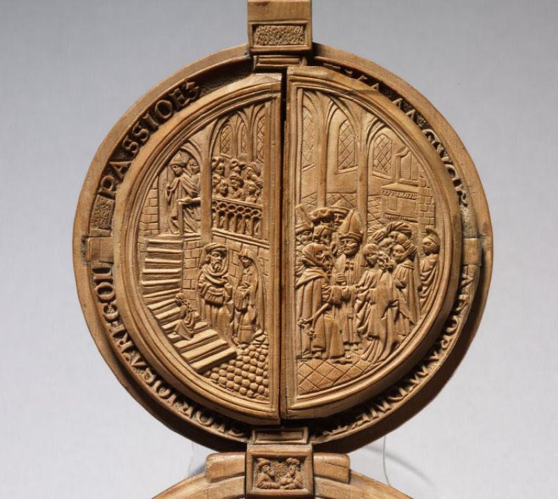 Castanhas de Oração do Século 16 primorosamente esculpidas 11