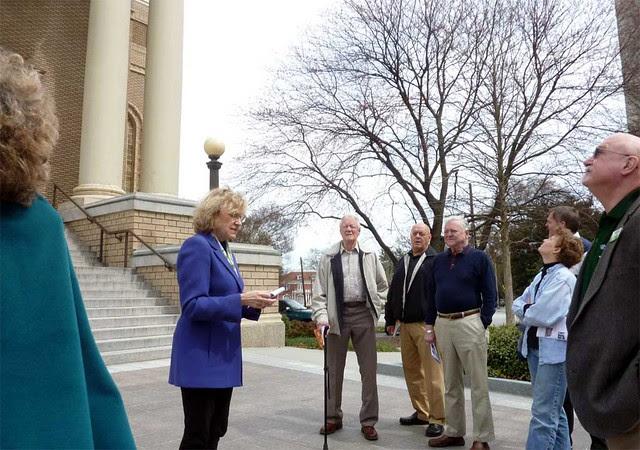 P1080312-2011-03-08-Phoenix-Flies-Group-First-Church-of-Christ-Scientist-Atlanta-Portico