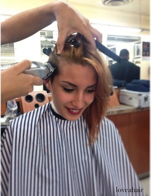 33+ New Woman Getting Haircut In Barbershop