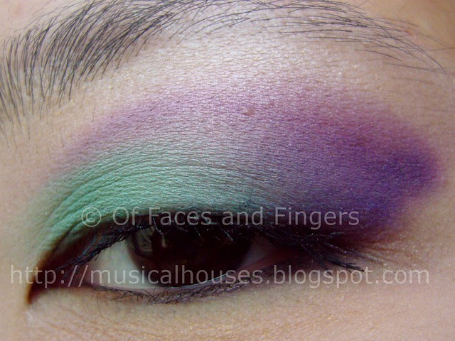 sleek curacao palette aqua purple eye look 2