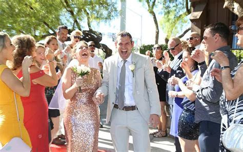 How Much Does it Cost to Get Married in Vegas? Find out here