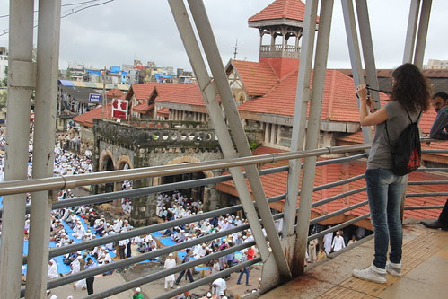mondiale from france shooting the eid prayers bandra stations by firoze shakir photographerno1