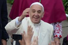 Papa chiede ai politici 'riforma finanziaria etica'