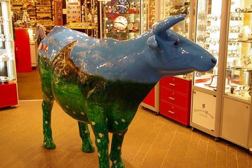 可愛的牛 XD