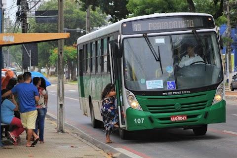 Passageiros de ônibus poderão descer fora das paradas após as 22h em Natal