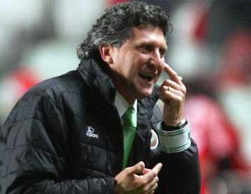 Carlos Brito questiona decisão do árbitro: Lusa