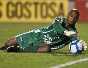http://e.i.uol.com.br/esporte/futebol/2010/09/09/jefferson-goleiro-do-botafogo-em-lance-contra-o-santos-1284082521113_300x230.jpg