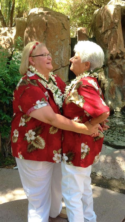 Wedding Vows Las Vegas   Lesbian and Gay Wedding