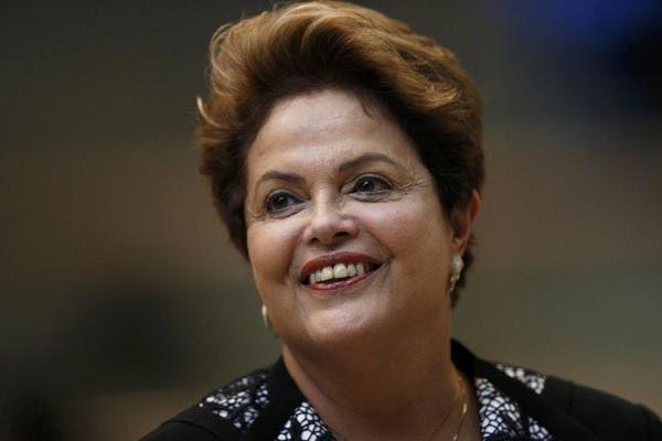 Dilma: 'o que vemos são voos sem atrasos, hotéis recebendo turistas, vemos festa e segurança'