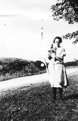 Great Grandmother Mildred and Annie Belle (my nana)