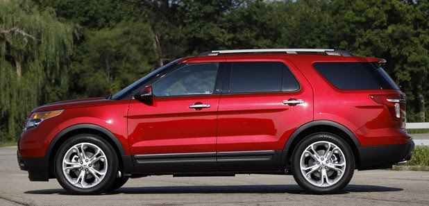 2012 Ford Explorer EcoBoost side view