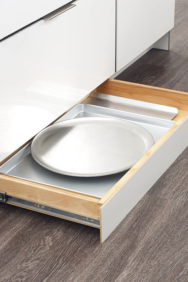 Toekick Drawer with Push-to-open Guides - Diamond
